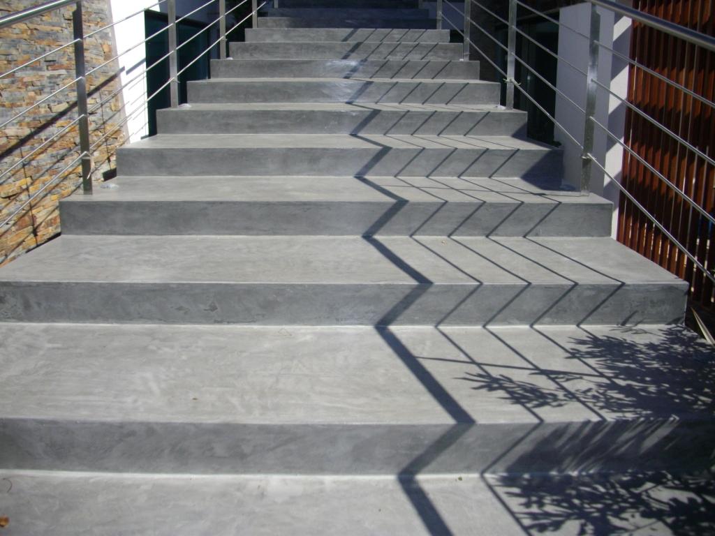 Inje o impermeabiliza o piso epoxi microcimento for Pavimentos ecologicos para exteriores
